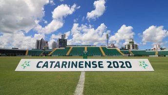 Campeonato Catarinense volta a ser paralisado após novos casos de Covid 19 nos clubes. Foto: Divulgação/Figueirense.