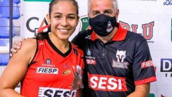 No último domingo, no ginásio Galegão o SESI Araraquara venceu o KTO/Blumenau por 78 a 69, com show da armadora Taina Paixão que foi decisiva na partida.
