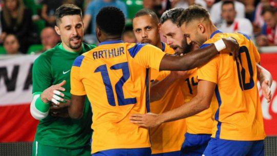 O Brasil fará a sua estreia na Copa do Mundo de Futsal na segunda feira (13), às 11h. As outras partidas do grupo serão contra Republica Checa.