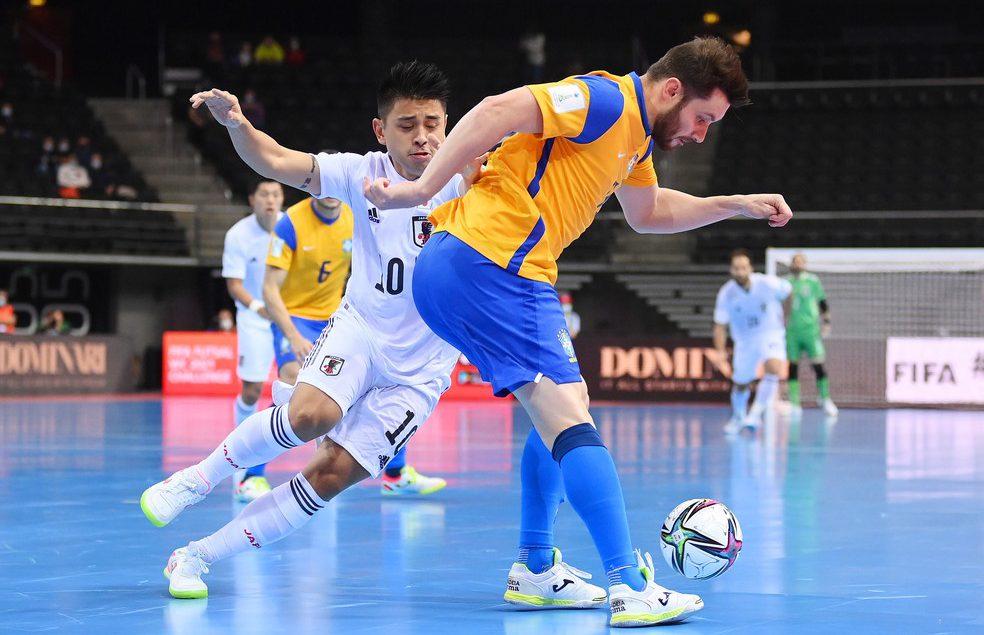 Nessa quinta-feira (23), o Brasil entrou em quadra para as Oitavas de Final da Copa do Mundo de Futsal para enfrentar o Japão.